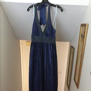 Adriana Pappell beaded gown navy blue size 6